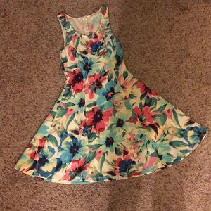 Pleaded Tank Dress with Hawaiian Flower Detail🌺